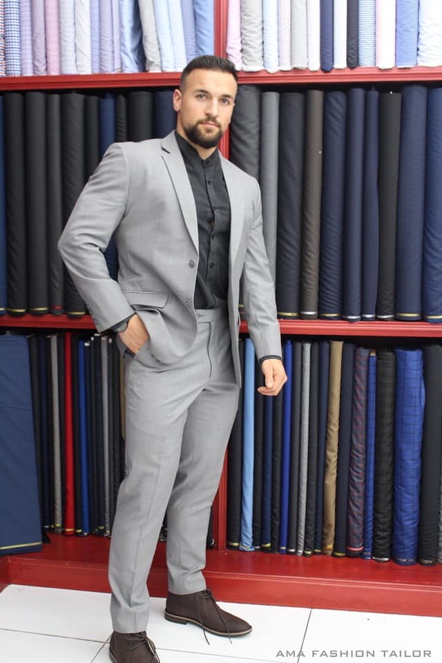 Best Custom Made Suits in Online